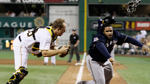 Erik Kratz tagging out Prince Fielder
